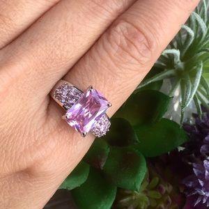 Jewelry - 🆕 Emerald cut Pink Topaz Ring Size 8